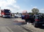 TROFARELLO - Grave incidente stradale: tre ragazzi feriti nello scontro frontale - immagine 1