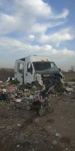 ORBASSANO - Lo scempio del campo nomadi abusivo accanto alla provinciale - LE FOTO - - immagine 3