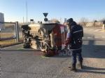 NICHELINO - Incidente alla rotonda dei Docks: 25 enne ferita nello scontro - immagine 1