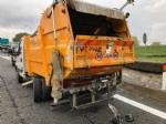 BEINASCO - Incidente in tangenziale, ferito il conducente di un camioncino dei rifiuti - immagine 2