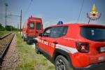ORBASSANO - Perdita di sostanze tossiche da un treno merci: intervento dei vigili del fuoco - VIDEO - immagine 2