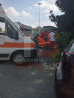 LA LOGGIA - Terribile incidente bus contro camion: una decina di feriti - FOTO - immagine 2