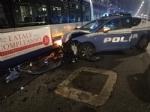 MONCALIERI - Inseguimento a folle velocità nella notte: sei poliziotti feriti, tre volanti distrutte. 39enne di Moncalieri arrestato per tentato omicidio - immagine 2