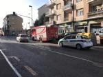 NICHELINO - Crollano calcinacci su una fermata dellautobus - FOTO e VIDEO - immagine 2