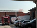 BEINASCO - Incendio in unofficina meccanica: intervento dei vigili del fuoco - FOTO - immagine 2