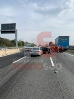 NICHELINO - Incidente in tangenziale, altezza Debouchè: un ferito - immagine 2