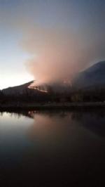 SANGANO - Incendio sul monte San Giorgio sotto la punta Pietraborga - immagine 2