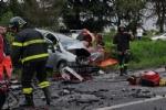 TRE MORTI A LA LOGGIA - Scontro frontale, tragedia assurda sulla provinciale per Carignano - FOTO - immagine 7