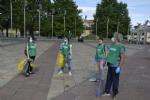 NICHELINO - I volontari raccolgono mascherine e guanti abbandonati per la Giornata dellAmbiente - FOTO - immagine 2