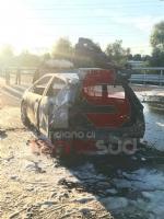 NICHELINO - Grave incidente in tangenziale: quattro feriti, unauto a fuoco - immagine 2