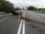 RIVALTA - Incidente stradale: auto si ribalta, conducente in ospedale - immagine 2