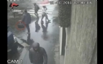 CARMAGNOLA - Rapina la banca ma viene arrestato dai carabinieri - immagine 3