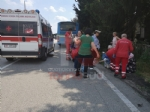 LA LOGGIA - Terribile incidente bus contro camion: una decina di feriti - FOTO - immagine 3
