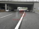 NICHELINO - Raffica di incidenti in tangenziale: unauto si ribalta, una persona ferita - immagine 3