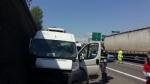 ORBASSANO - Tamponamento in tangenziale Sud: due automobilisti gravi al Cto - immagine 3