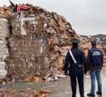 PIOBESI - Carabinieri scoprono 500 tonnellate di rifiuti stoccate illecitamente: marito e moglie denunciati - VIDEO - immagine 3