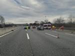 BEINASCO - Ragazza sbalzata sullasfalto dopo lincidente stradale sulla tangenziale di Torino - FOTO - immagine 3