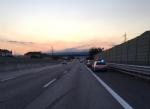 NICHELINO - Incidente sulla tangenziale: auto ruote allaria, ferita una donna - FOTO - immagine 3