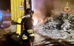 ORBASSANO - Un altro incendio nellazienda che tratta rifiuti: vigili del fuoco al lavoro tutta la notte - immagine 4