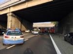 INCIDENTE SULLA TANGENZIALE - Scontro tra due camion al Sito, caos e code chilometriche - FOTO - immagine 4