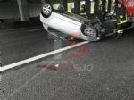 NICHELINO - Raffica di incidenti in tangenziale: unauto si ribalta, una persona ferita - immagine 5