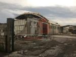 CARMAGNOLA - La furia del maltempo: Capannone della Sac demolito - LE FOTO - - immagine 6