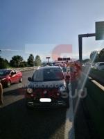TANGENZIALE IN TILT - Tamponamento tra cinque vetture, code di dieci chilometri - FOTO - immagine 6