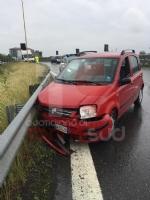 NICHELINO - Raffica di incidenti in tangenziale: unauto si ribalta, una persona ferita - immagine 7