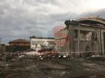 CARMAGNOLA - La furia del maltempo: Capannone della Sac demolito - LE FOTO - - immagine 8