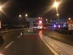 TANGENZIALE DI TORINO - Grave doppio incidente nella notte: auto impazzita travolge tre persone - FOTO - immagine 8