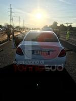 NICHELINO - Grave incidente in tangenziale: quattro feriti, unauto a fuoco - immagine 8
