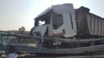 CANDIOLO - Grave incidente sullautostrada Torino-Pinerolo, camionista in condizioni critiche - LE FOTO - - immagine 2