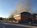 NICHELINO - Grave incendio nel capannone di due aziende: intervento dei vigili del fuoco - FOTO - immagine 1