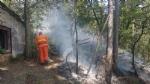 PIOSSASCO - Nuovo incendio sul monte San Giorgio. Vigili del fuoco e squadra Aib in azione - immagine 3