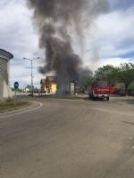 VIRLE - A fuoco un autobus, paura nella zona industriale SantAntonio - immagine 1