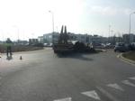 RIVALTA - Crolla il carico, circolazione in tilt in via Gozzano - immagine 1