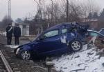 VINOVO - Incidente ferroviario: treno in corsa travolge unauto ferma sui binari. Tragedia sfiorata - immagine 2