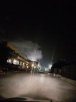 LA LOGGIA - Brucia un capannone in via Baracca, paura in zona industriale - immagine 1