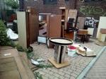 MONCALIERI - Maxi discarica abusiva di mobili nel parcheggio di via Peschiera - immagine 1