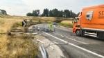 BEINASCO - Camion perde bobine metalliche in tangenziale, traffico nel caos - immagine 1