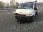 BEINASCO - Paura per un incidente in tangenziale alluscita del Drosso, quattro veicoli coinvolti - LE FOTO - - immagine 1