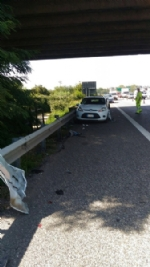 NICHELINO - Camion investe auto ferma in sosta in tangenziale: quattro feriti - immagine 3