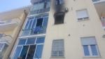 ORBASSANO - Appartamento in fiamme in via Cavour, evacuato il palazzo - LE FOTO - - immagine 1