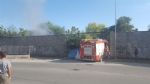 MONCALIERI - Incendio nel cortile della ex Firsat, a fuoco un cumulo di spazzatura  - LE FOTO - - immagine 1