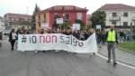 PIOSSASCO - I cittadini scendono in piazza per il caro-trasporti - immagine 1