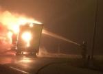LA LOGGIA - Tir carico di caffè distrutto da un incendio nella notte - immagine 3