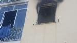 ORBASSANO - Appartamento in fiamme in via Cavour, evacuato il palazzo - LE FOTO - - immagine 2