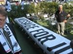 MONCALIERI - Parte dallo Juventus Club cittadino uno striscione che arriverà fino a Cardiff - immagine 2