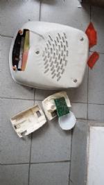 RIVALTA - Vandali alla polisportiva di Pasta: rotte le porte e arredi - LE FOTO - - immagine 2