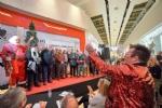 NICHELINO - È Luigi Secco il primo Babbo Natale di Mondojuve - immagine 2